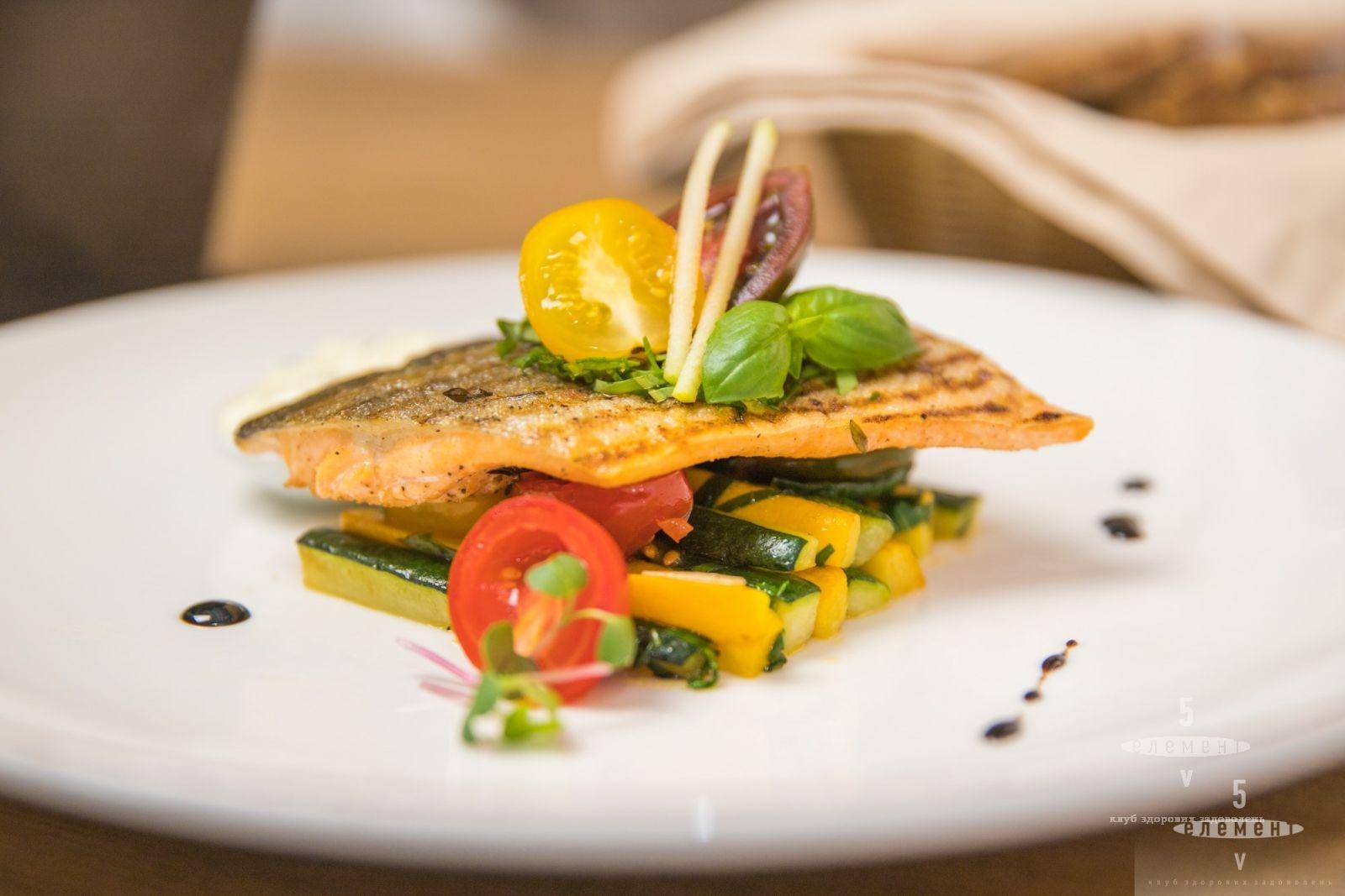 Попробуйте рыбу свежего улова из Исландии в нашем новом меню.— fitness club 5 element