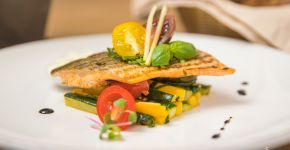 Попробуйте рыбу свежего улова из Исландии в нашем новом меню.— фитнес-клуб 5 элемент